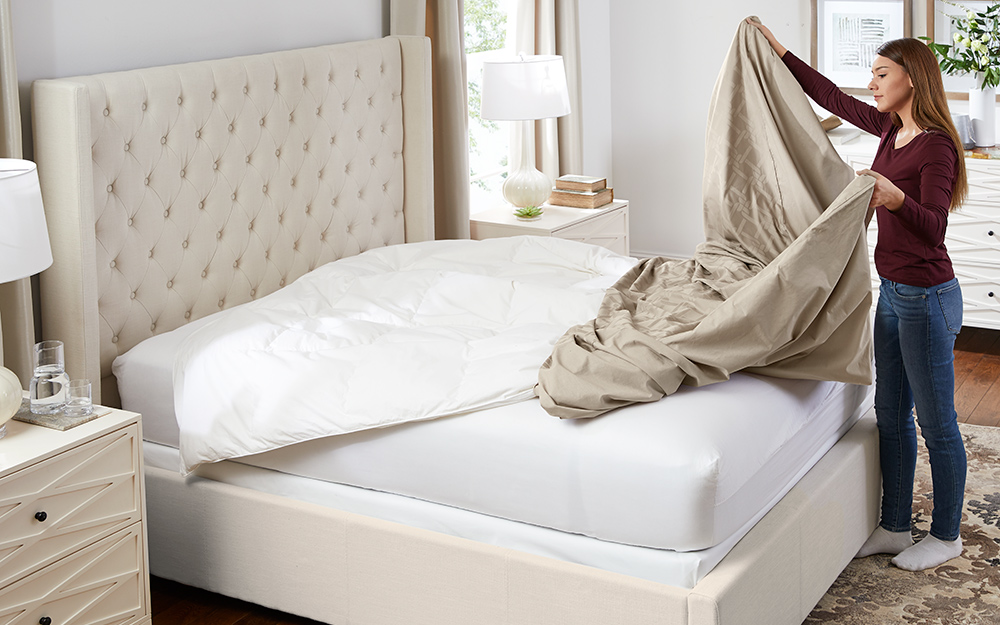 The Easy Way To Put A Duvet Cover On